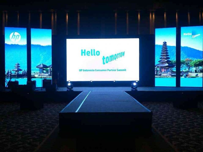 LED HP Grand Hyatt 2